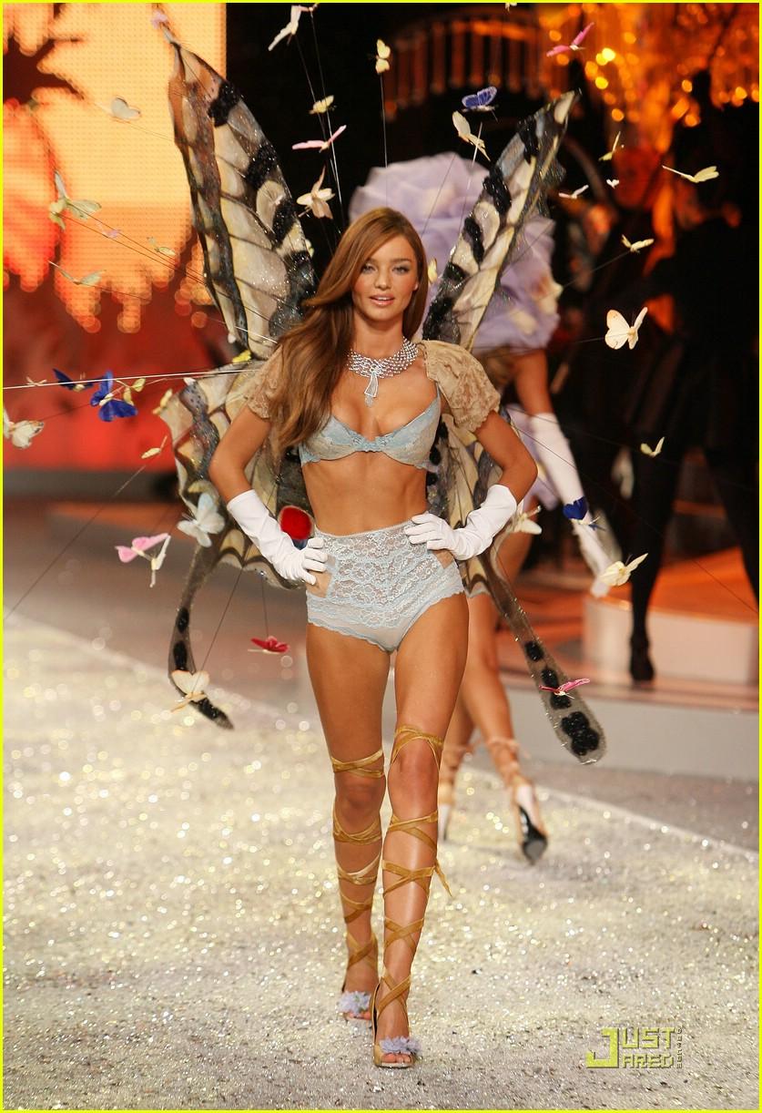 miranda kerr fashion show foxy 011548281