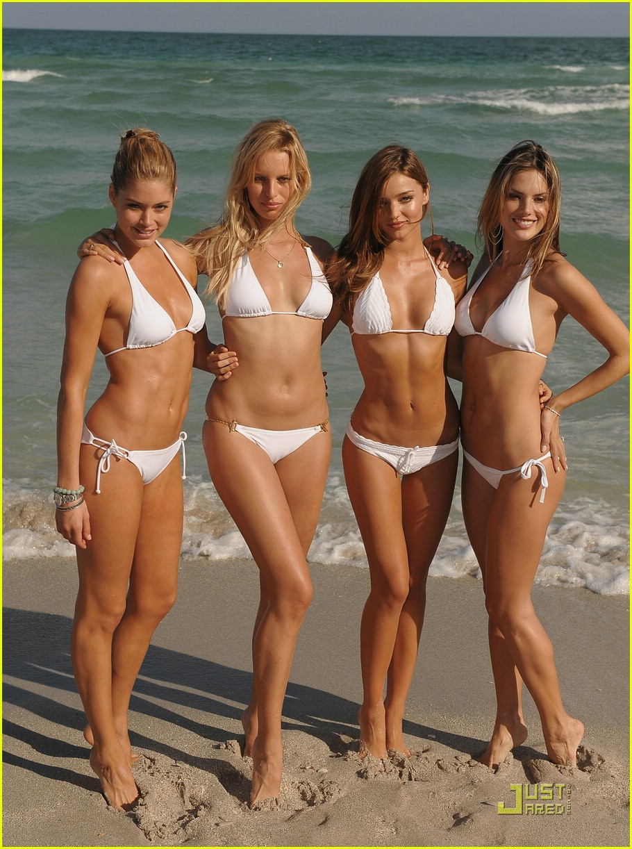 Miranda kerr white bikini
