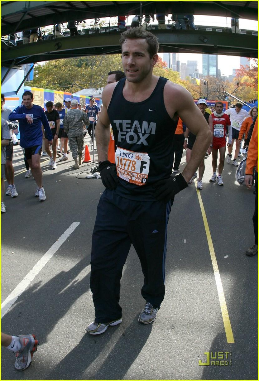 ryan reynolds nyc marathon 051522061
