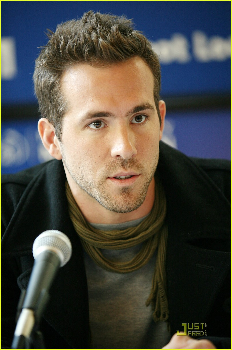 ryan reynolds nyc marathon 25