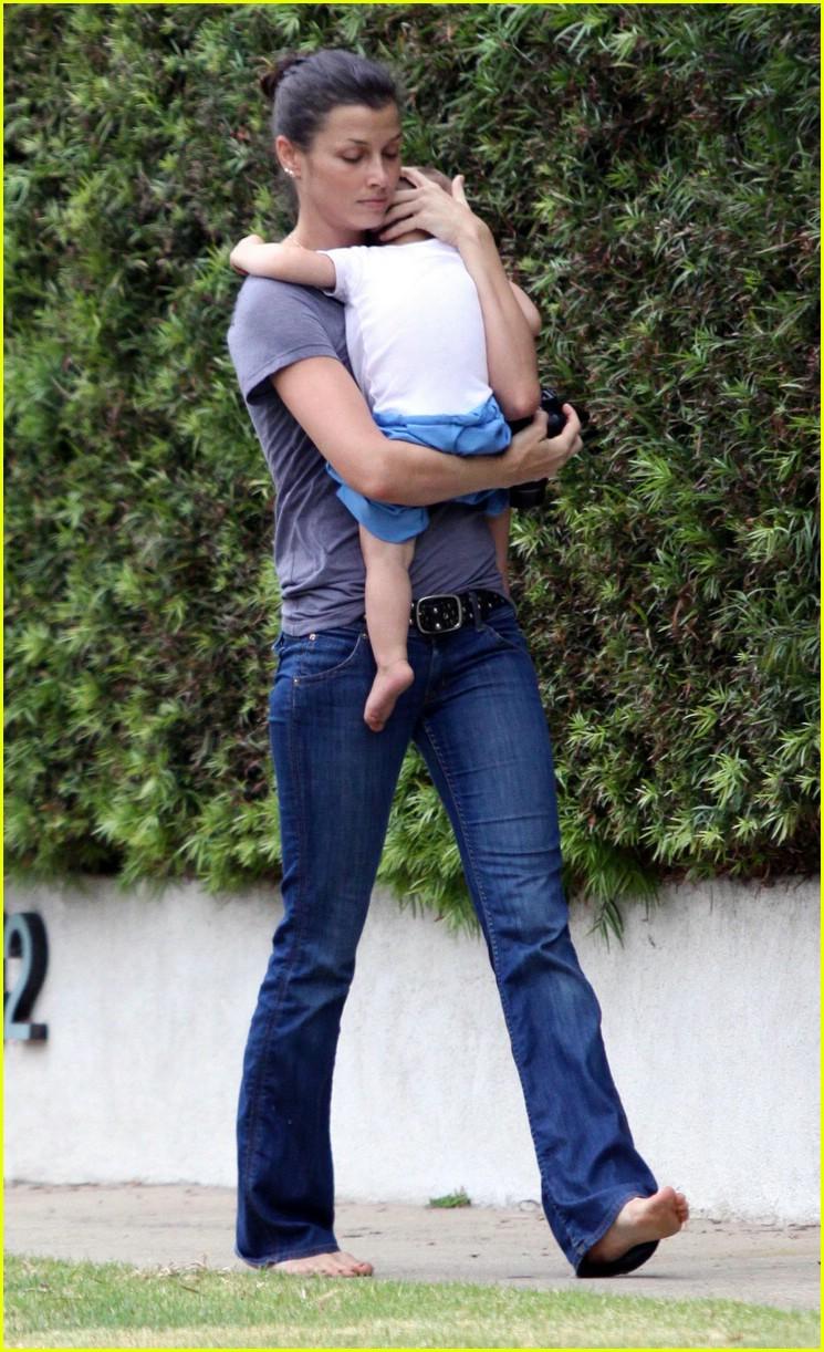 Bridget Moynahan Carries Her Baby Boy: Photo 1520441 ...