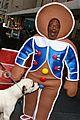 al roker gingerbread man dog 01