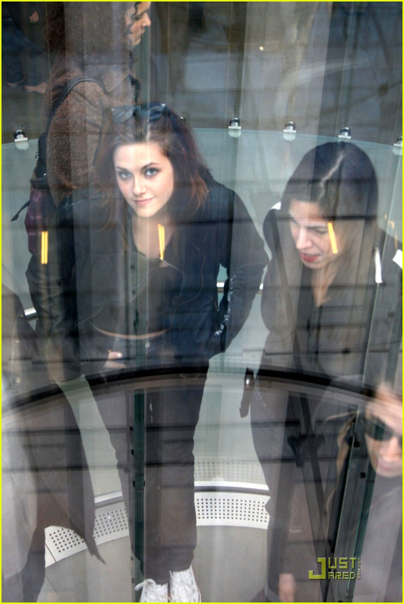 kristen stewart apple 02