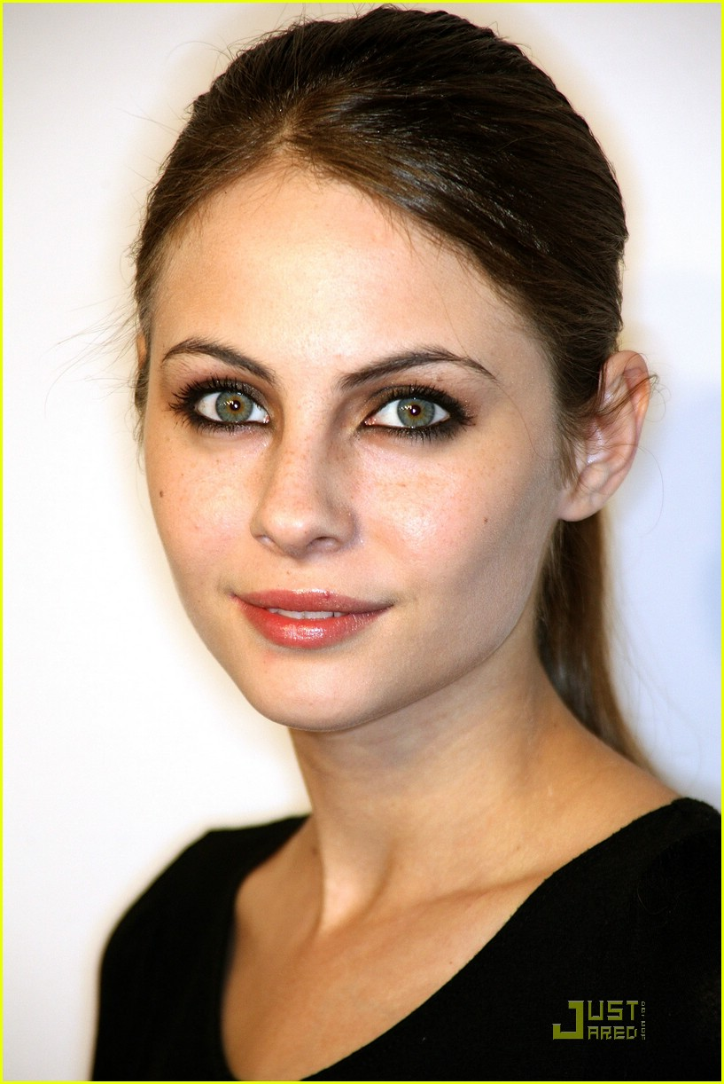 willa holland oxfam party 06