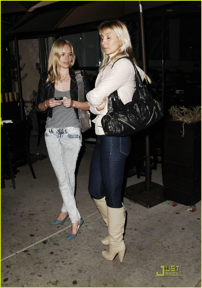 kate bosworth digs dogs 061574921