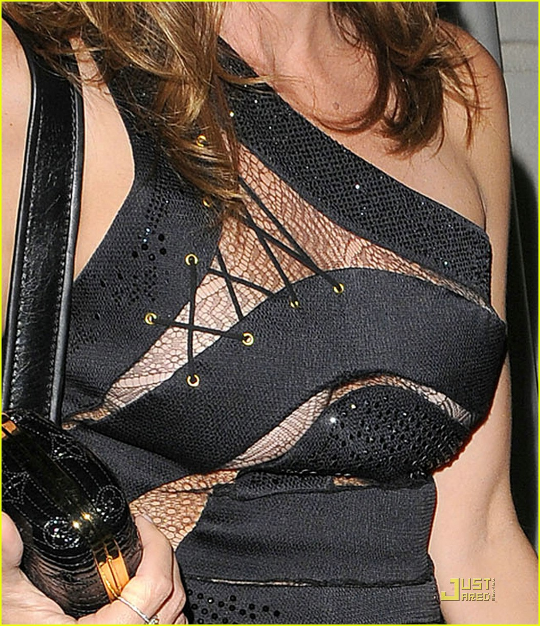 cindy crawford mandy moore preen 031585341