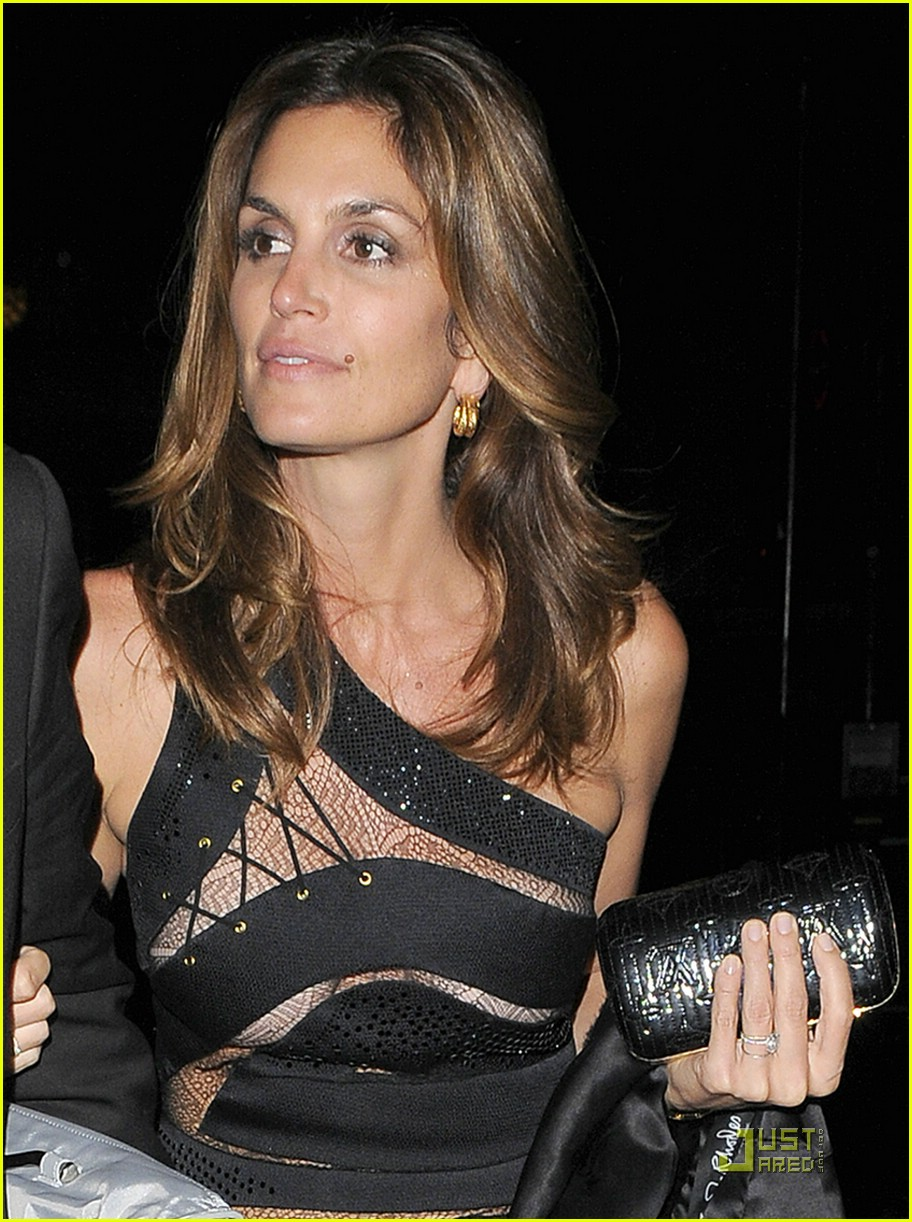cindy crawford mandy moore preen 051585361