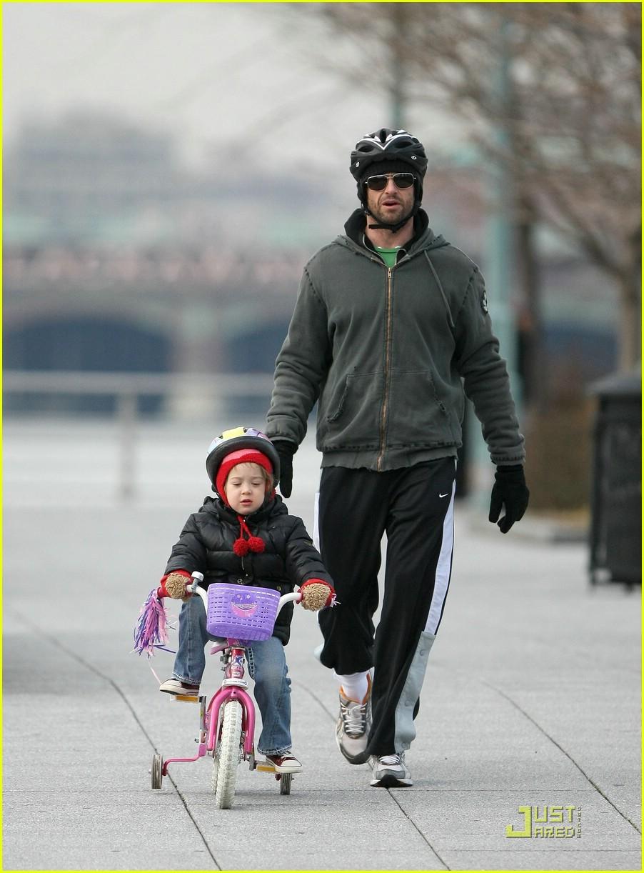 Хью джекман с женой фото 2018 с детьми