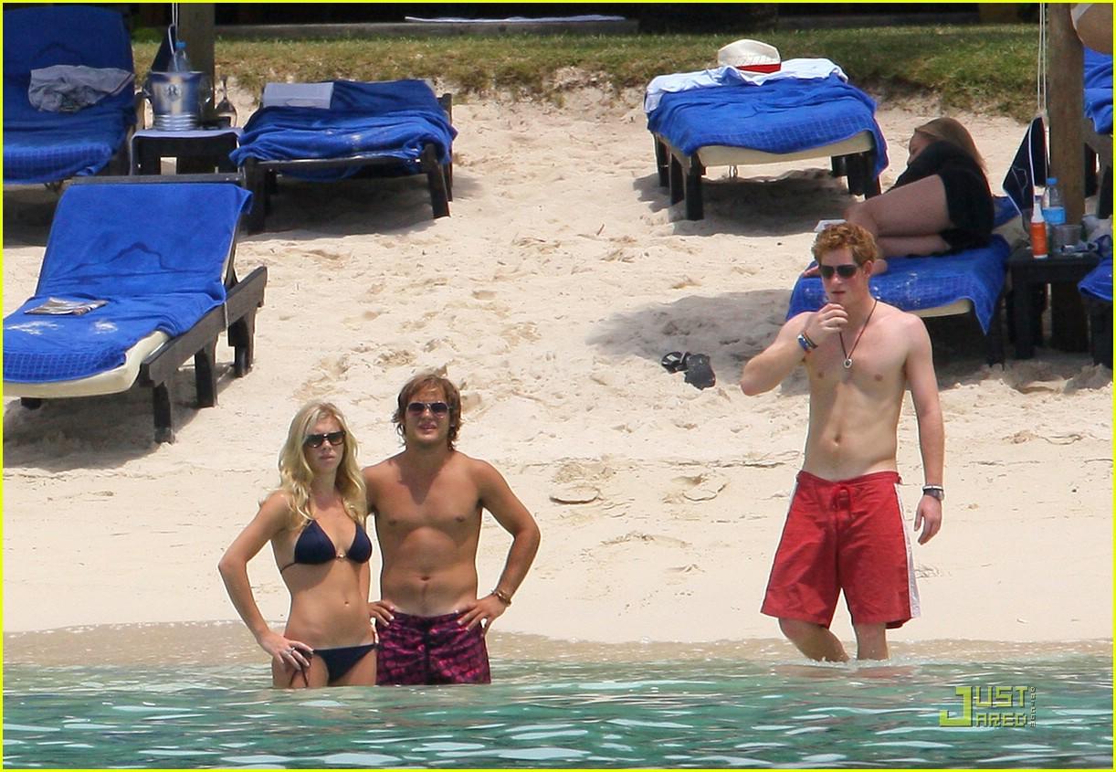 Bikini Prince Harry nude (21 photos), Topless, Fappening, Twitter, swimsuit 2006