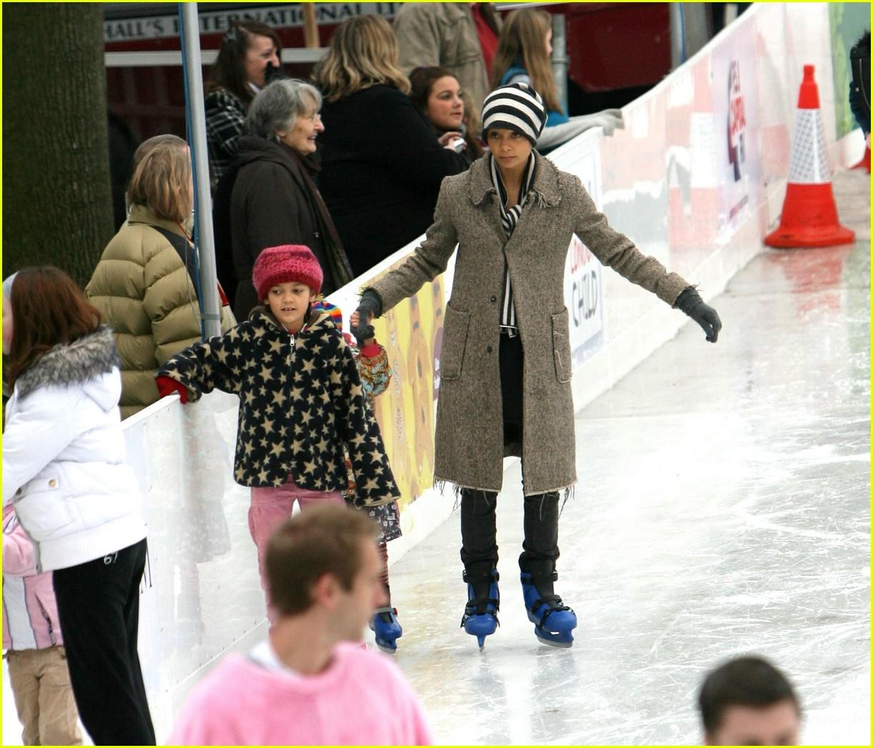 thandie newton ice skating 141607051