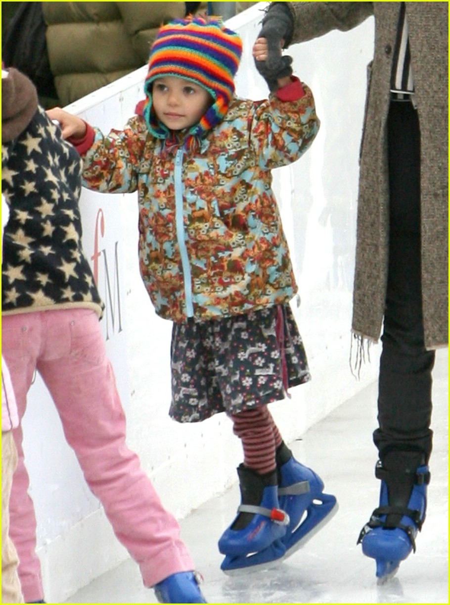 thandie newton ice skating 15