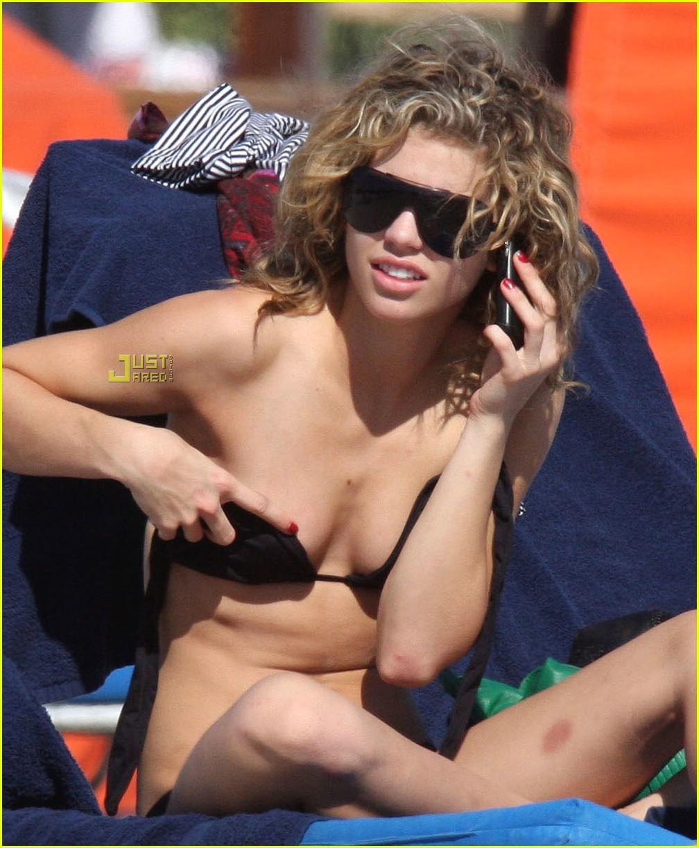annalynne mccord bikini pictures 041627841