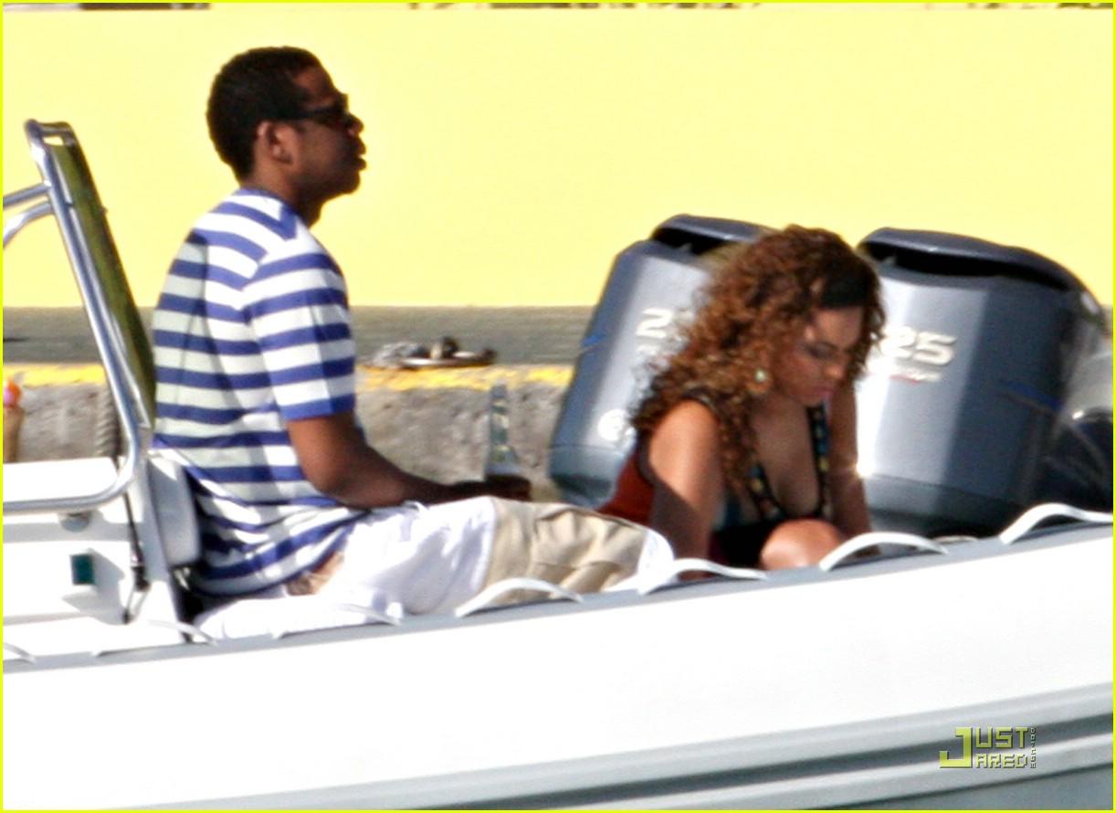 beyonce jay z st barts boating 08