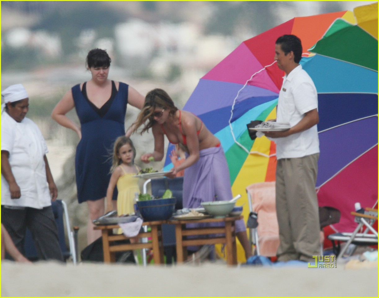 jennifer aniston cabo bikini 19