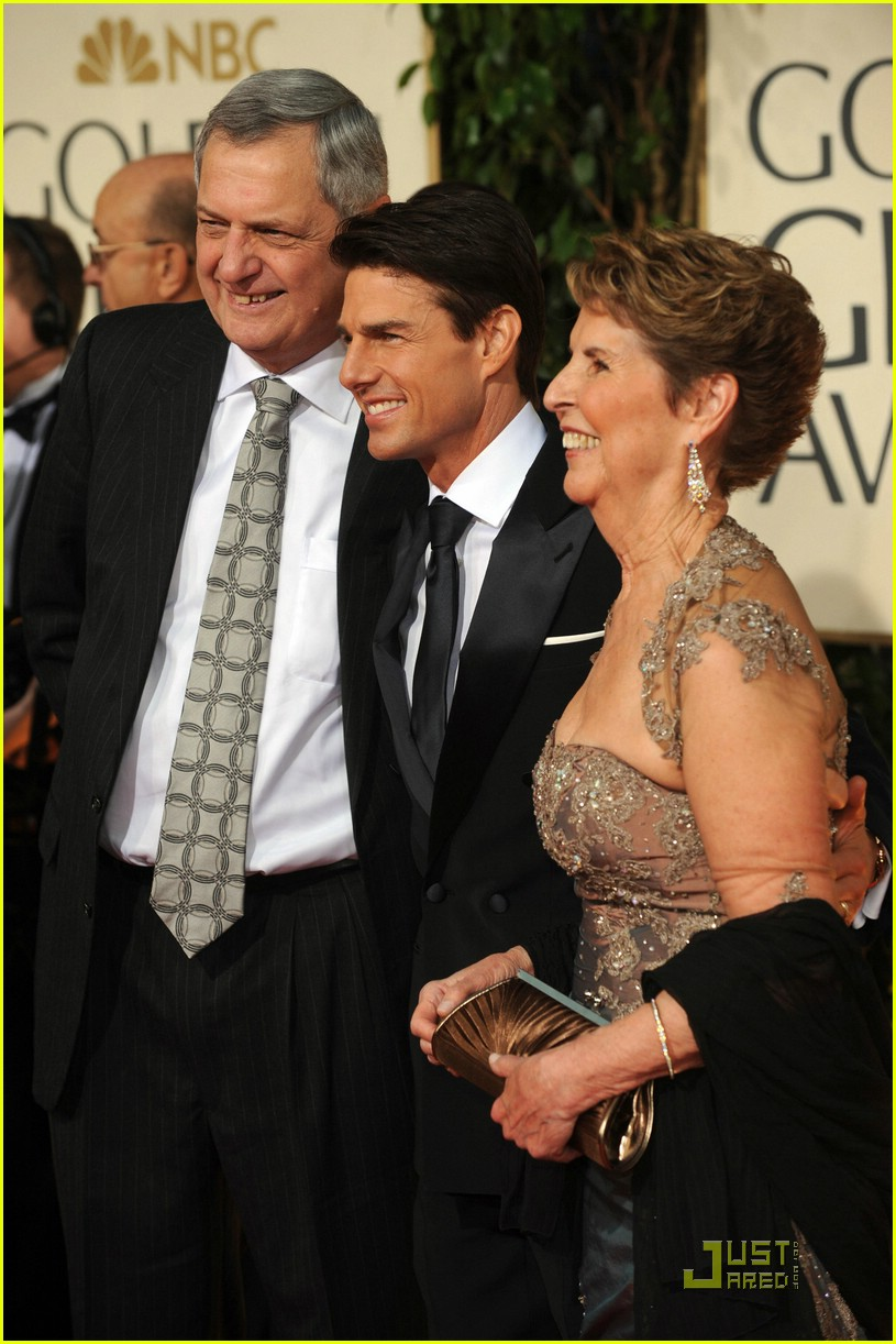 tom cruise golden globes 2009 mom 051647401
