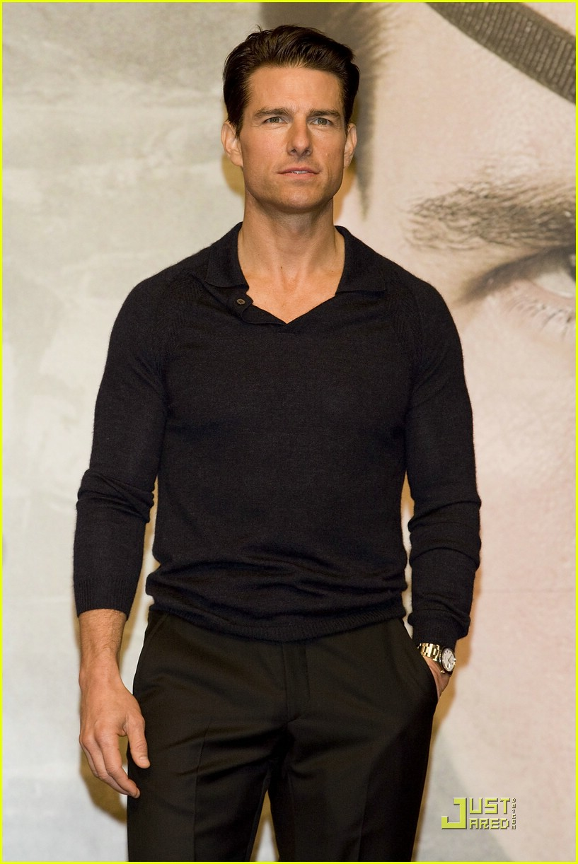 Full Sized Photo of tom cruise valkyrie premiere south ... Tom Cruise