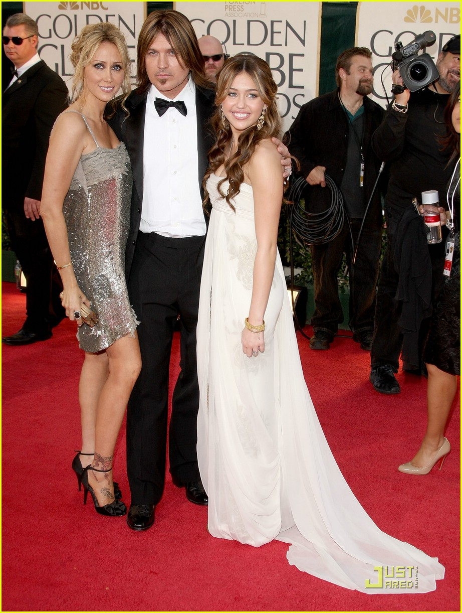 miley cyrus golden globes 2009 031644811