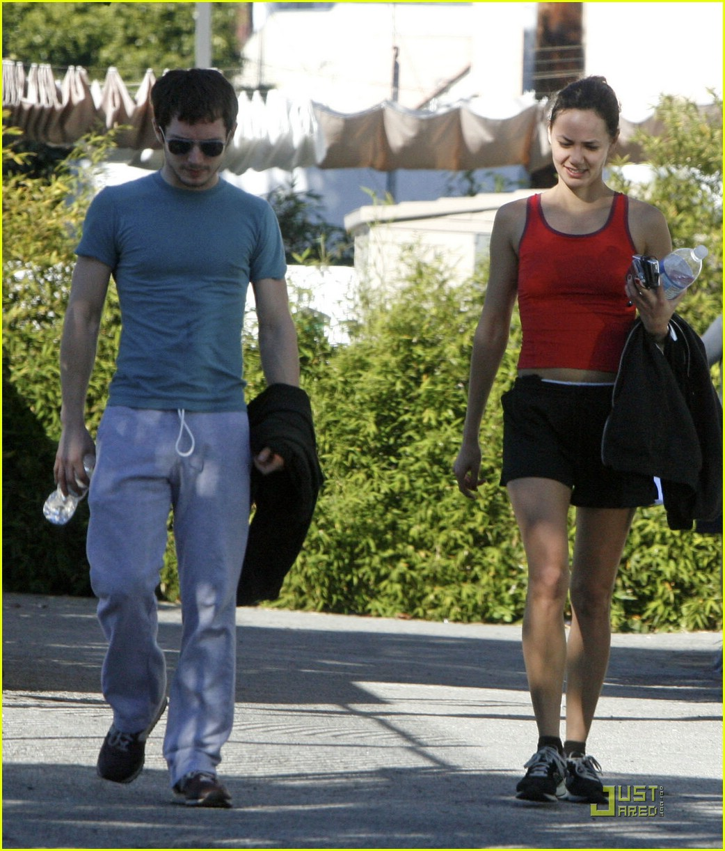 Elijah Wood & Pamela Racine: Workout Buddies: Photo ...