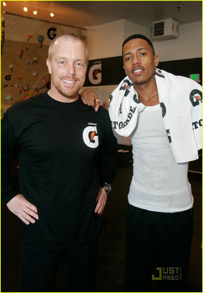 nick cannon gatorade guns gym 03