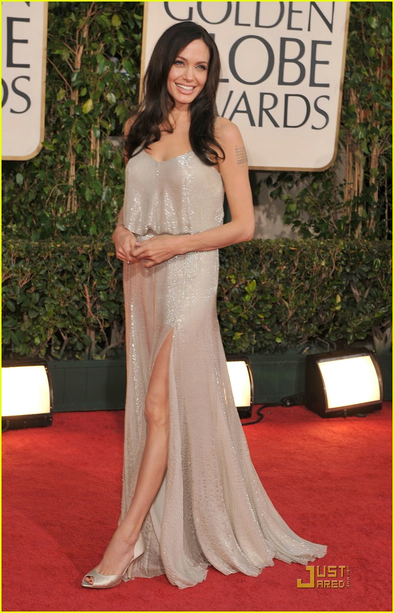 angelina jolie golden globes 2009 02