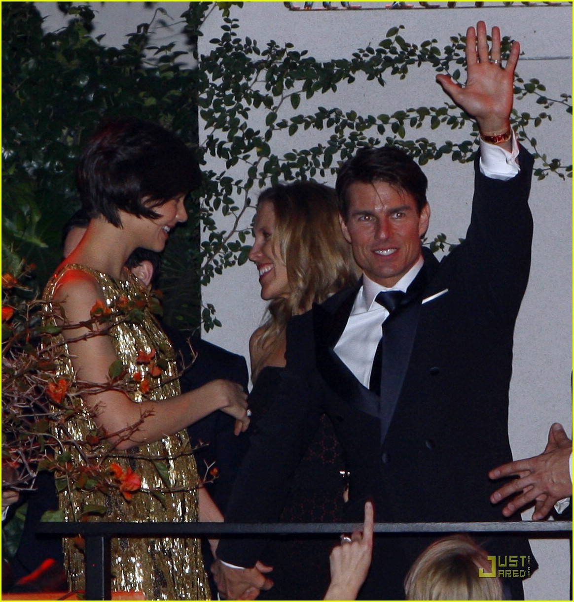 katie holmes golden globes party 011649511