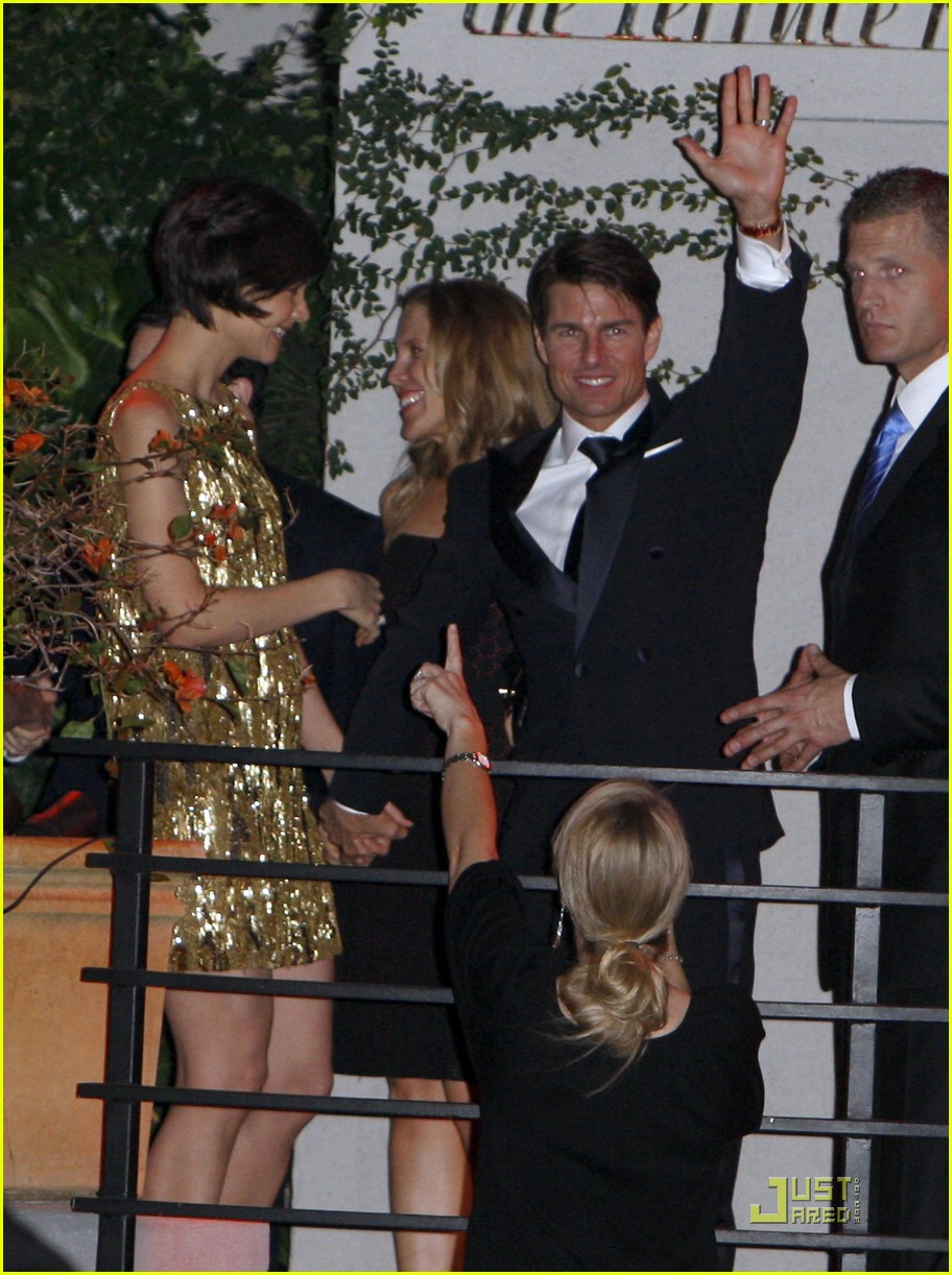 katie holmes golden globes party 041649541