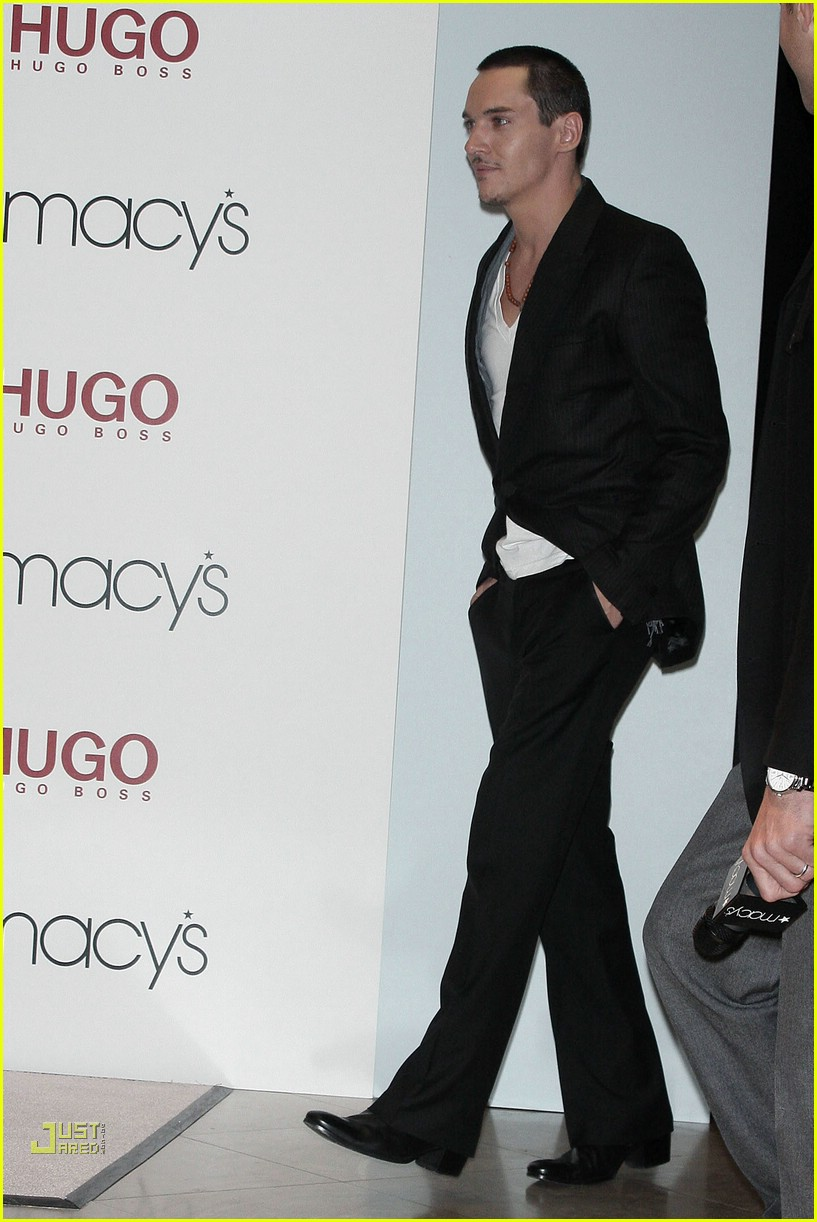 jonathan rhys meyers hugo boss 081691991