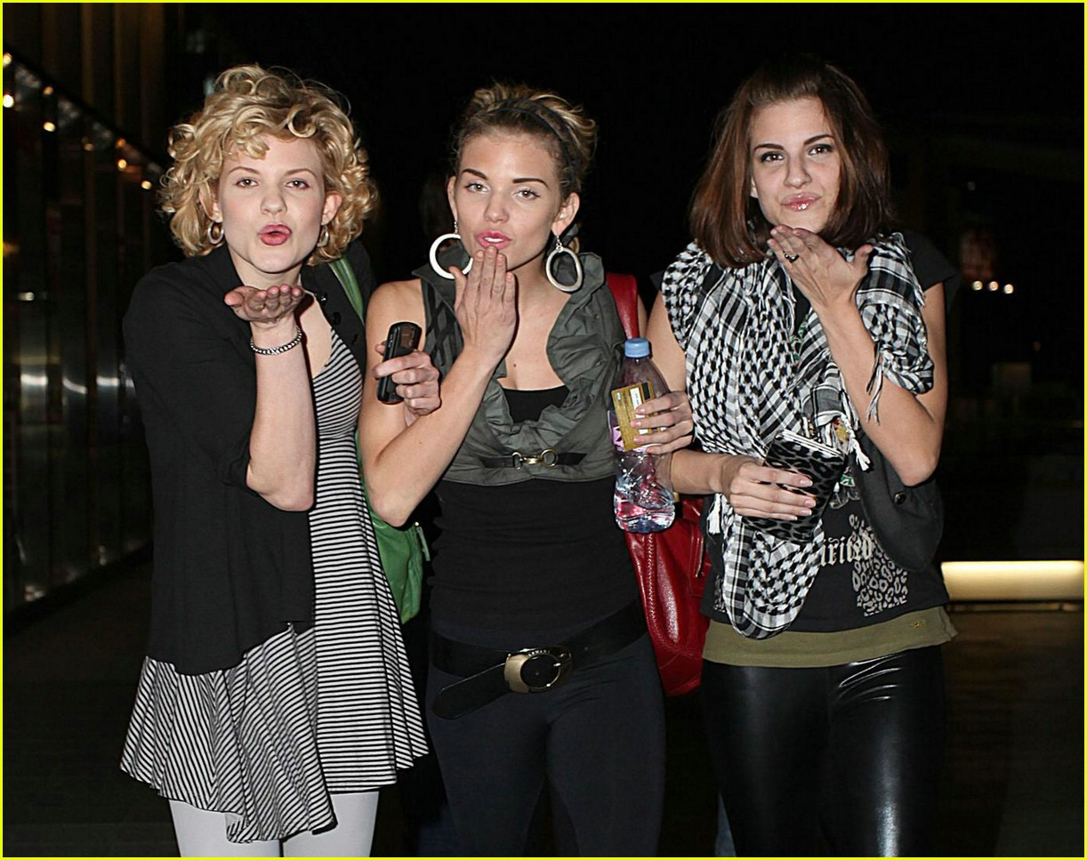 annalynne mccord pucker up sister 041670421