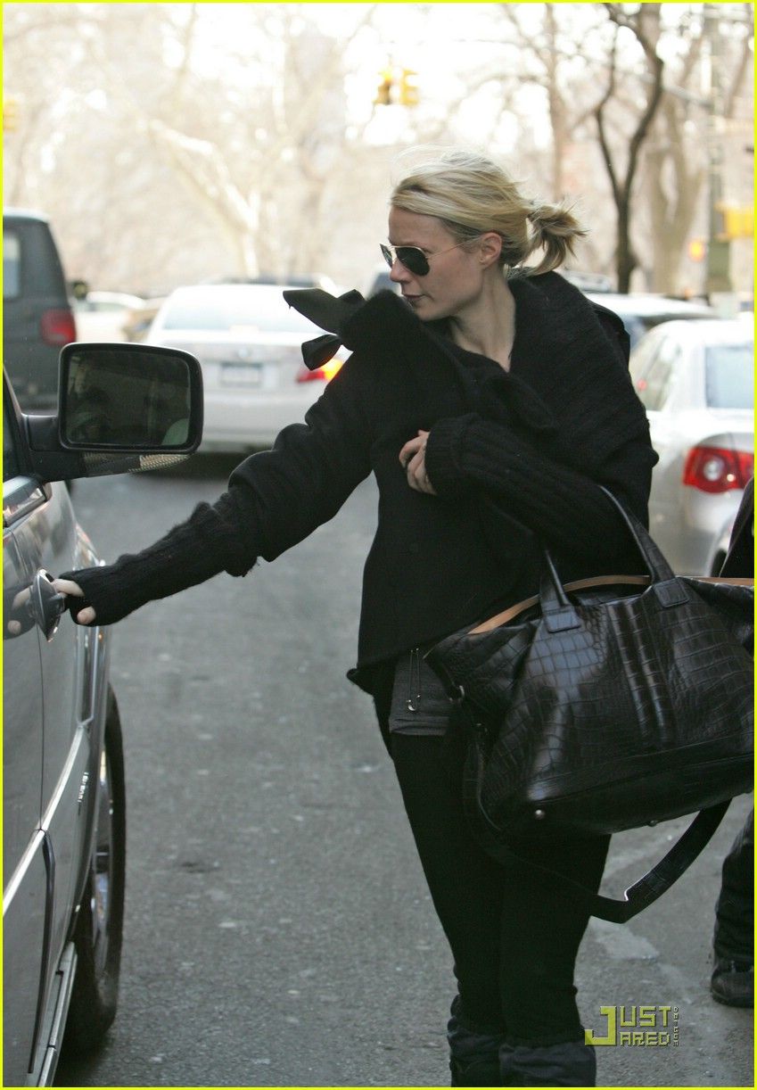 gwyneth paltrow meets madonna 011658111