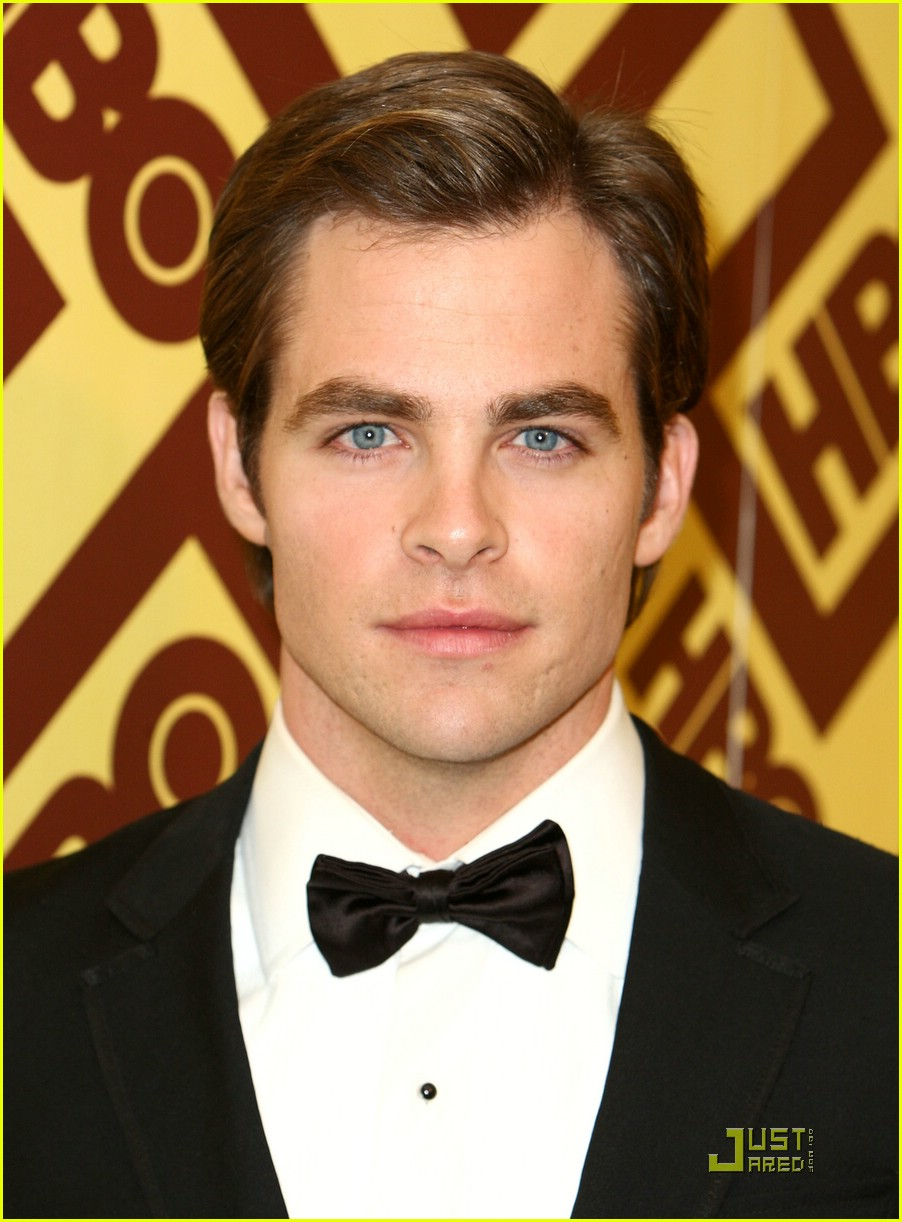 chris pine zachary quinto golden globes 2009 03