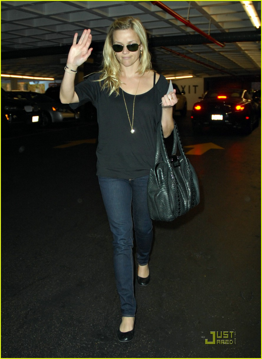 reese witherspoon talk to the hand 071650701