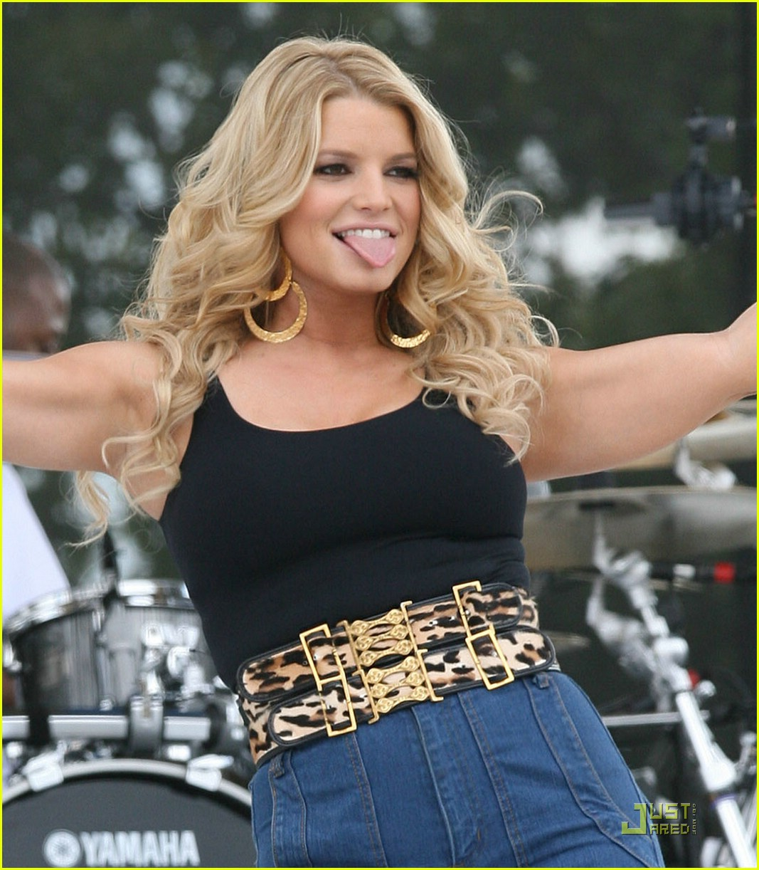 jessica simpson kiss country chili cookoff 051676341