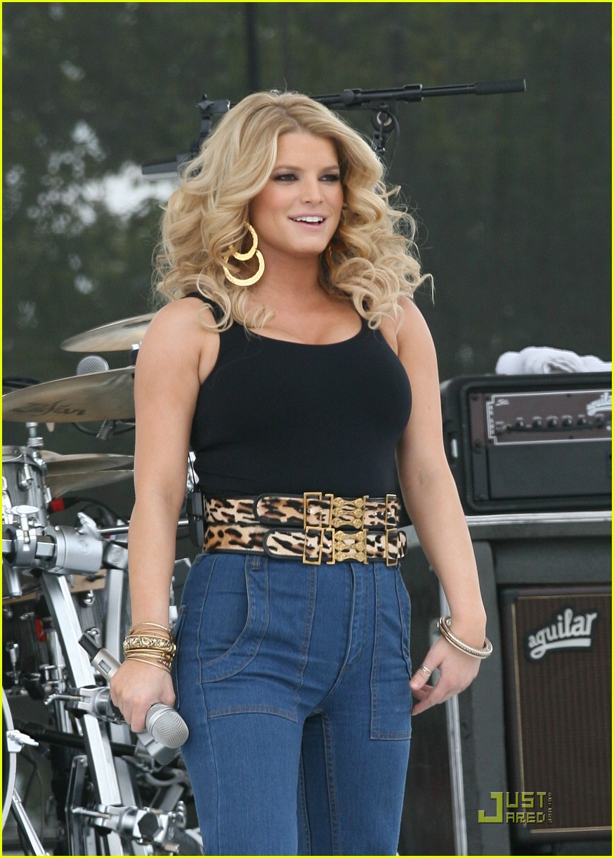 jessica simpson kiss country chili cookoff 101676391