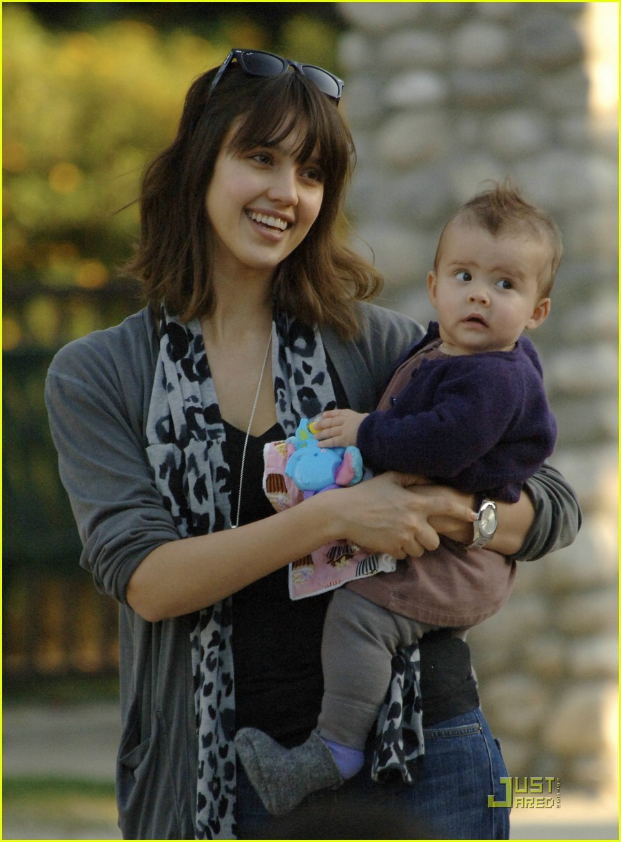 jessica alba honor marie smile 05