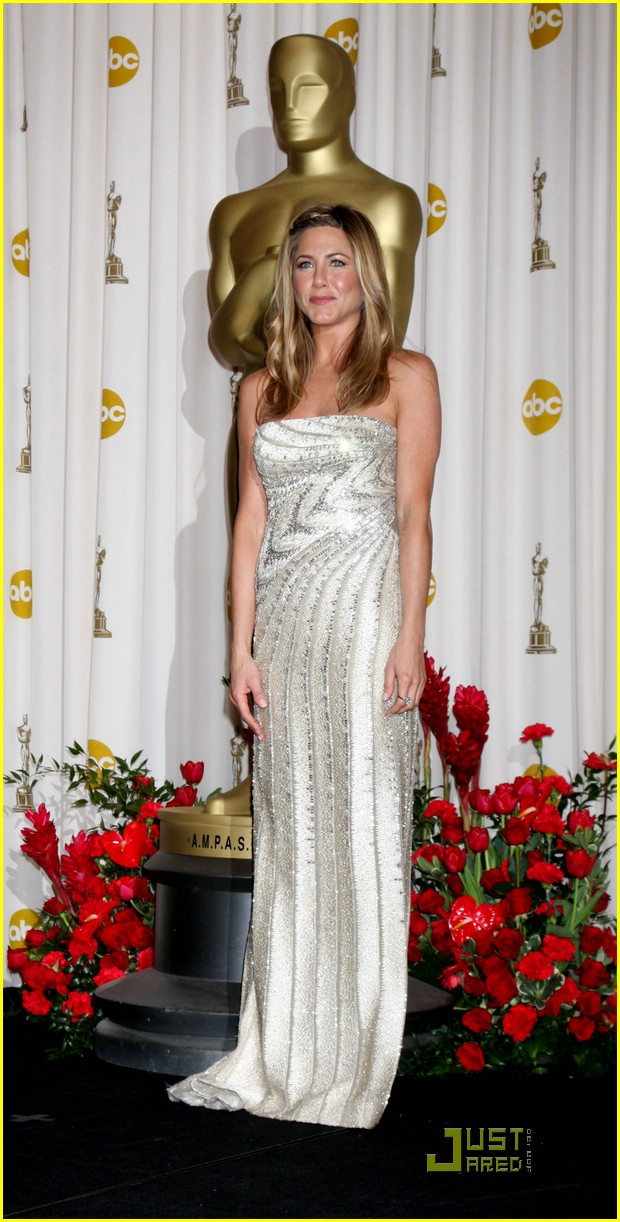 jennifer aniston 2009 oscars 081745261