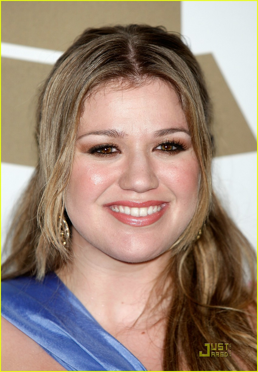kelly clarkson clive davis salute 05