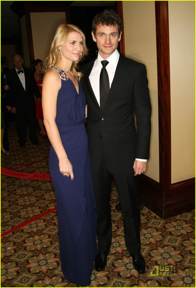 claire danes hugh dancy engaged 131706571