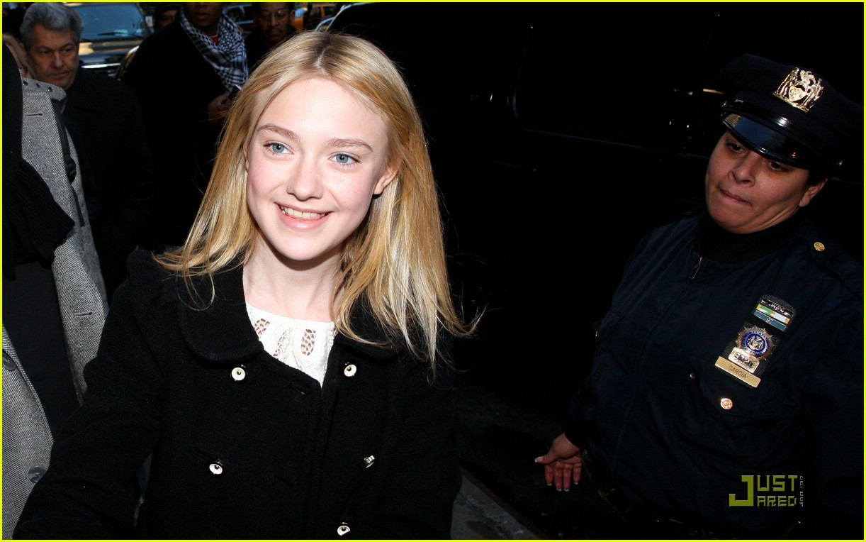 dakota fanning good morning america 081696451