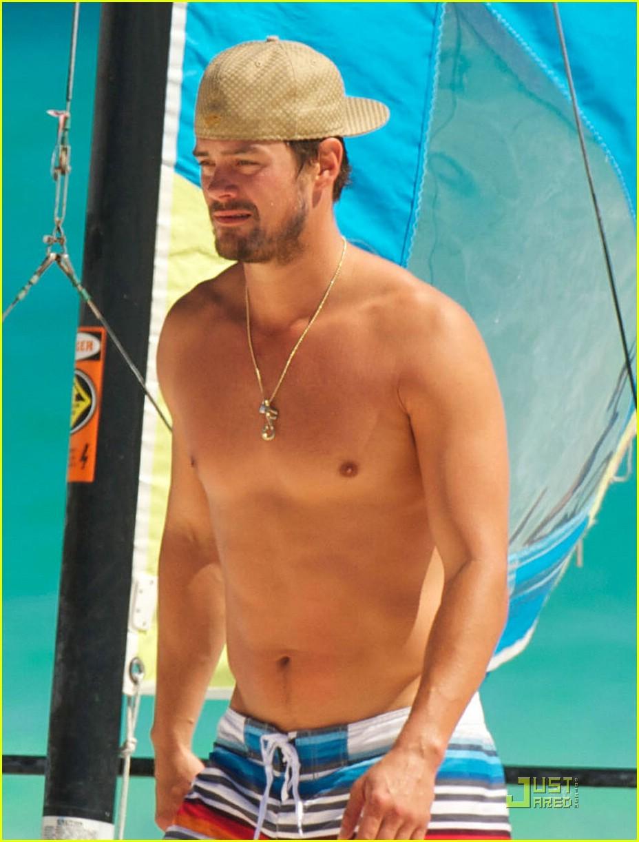 fergie josh duhamel sailboarding 111728531