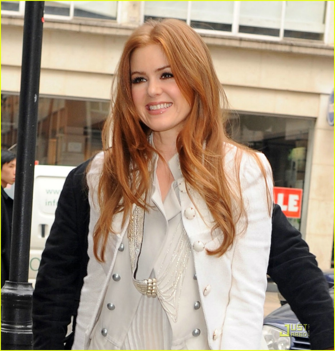 isla fisher radio one 021731421