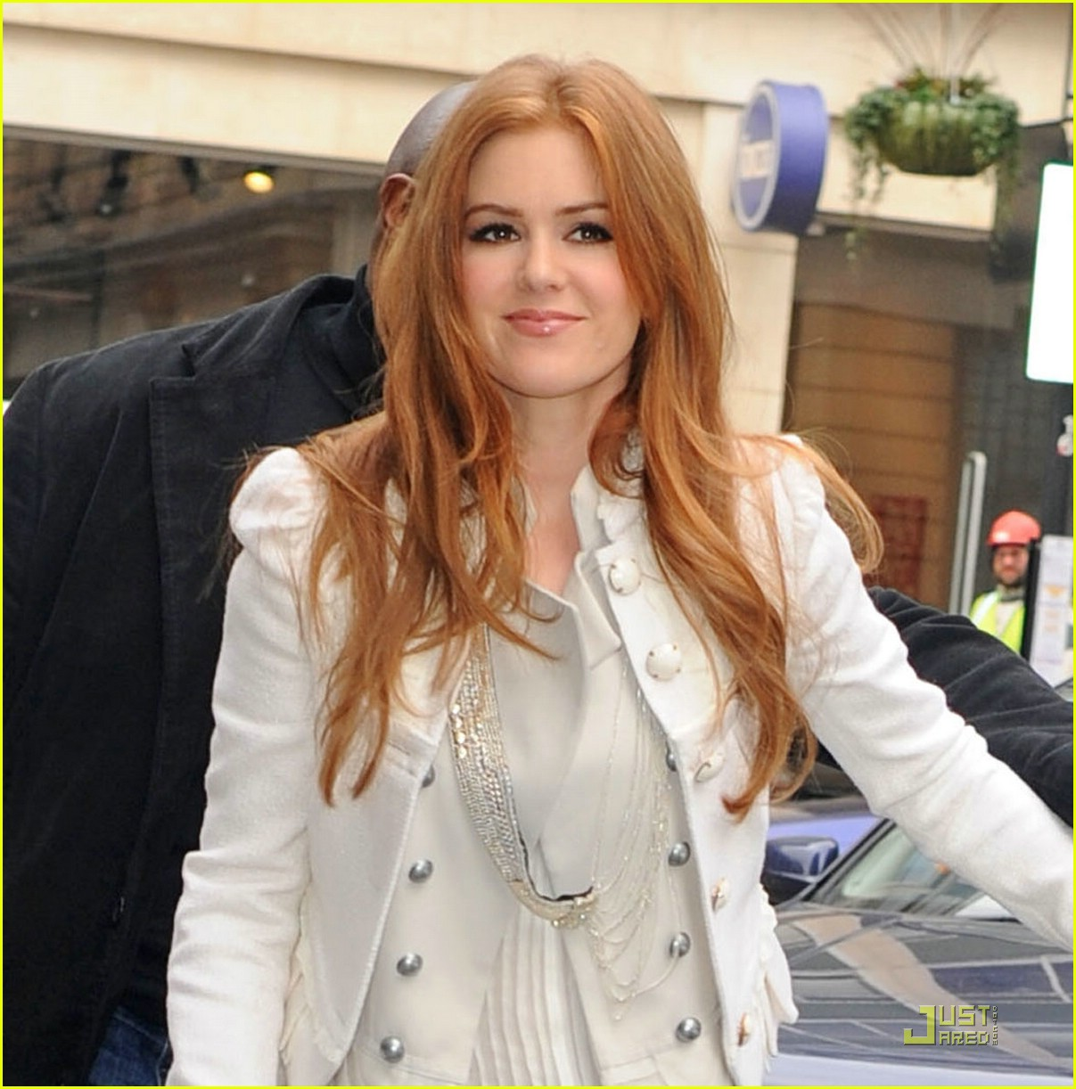 isla fisher radio one 06