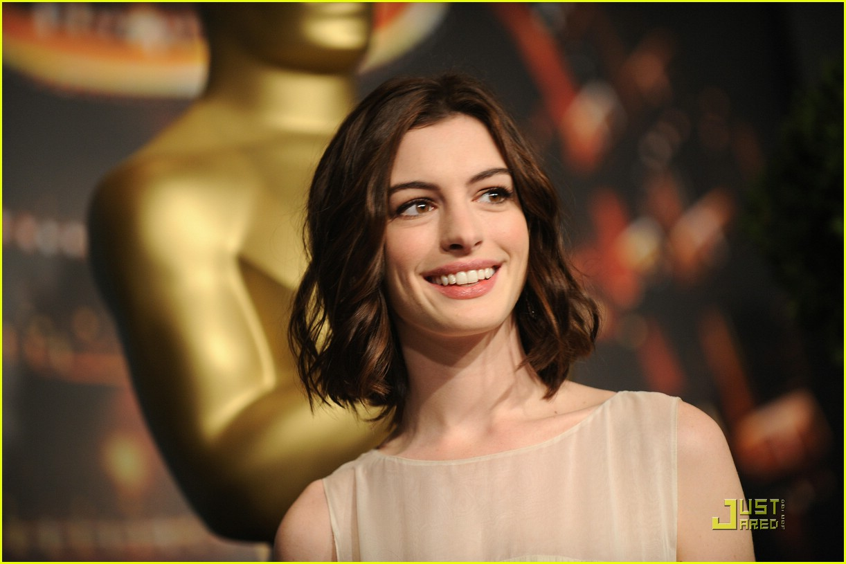 anne hathaway 2009 oscar nominees luncheon 051698981