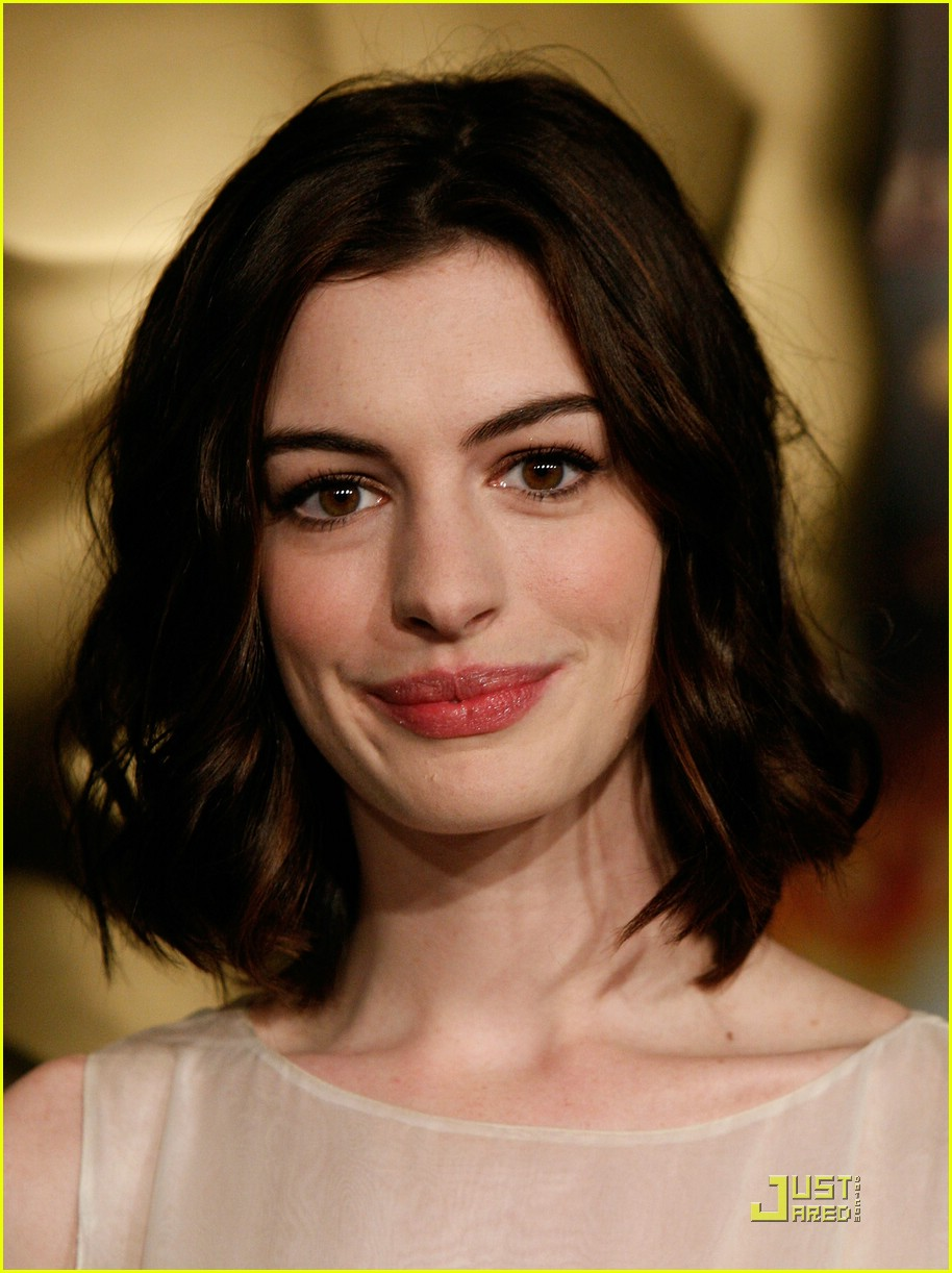 anne hathaway 2009 oscar nominees luncheon 081699011