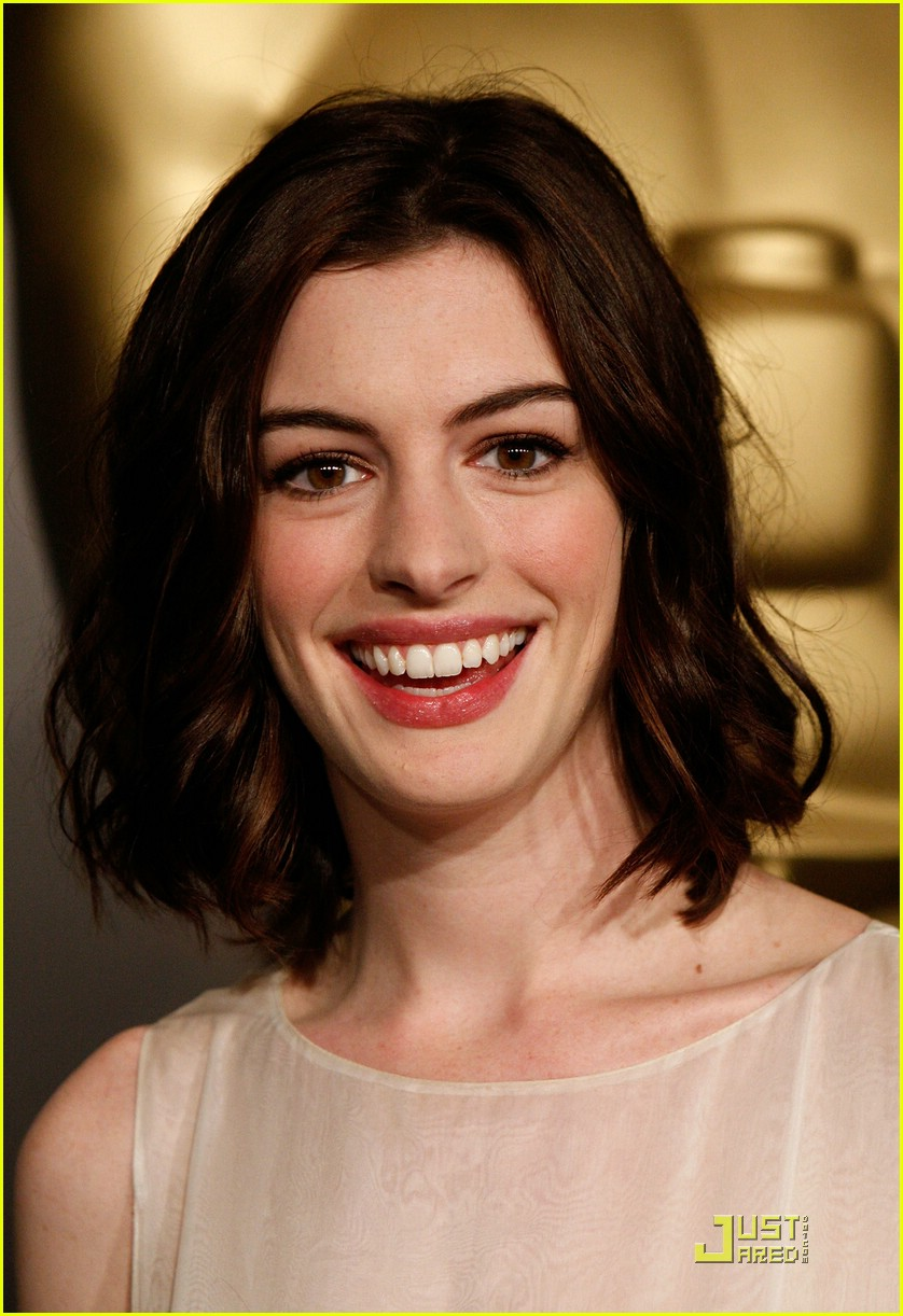 anne hathaway 2009 oscar nominees luncheon 11