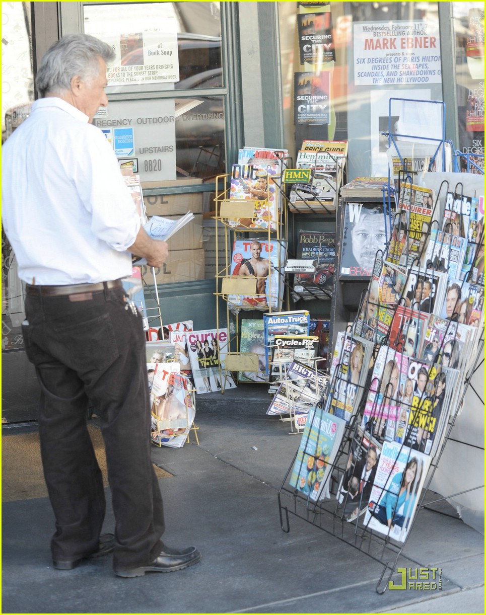 dustin hoffman tabloid tacky 031700351