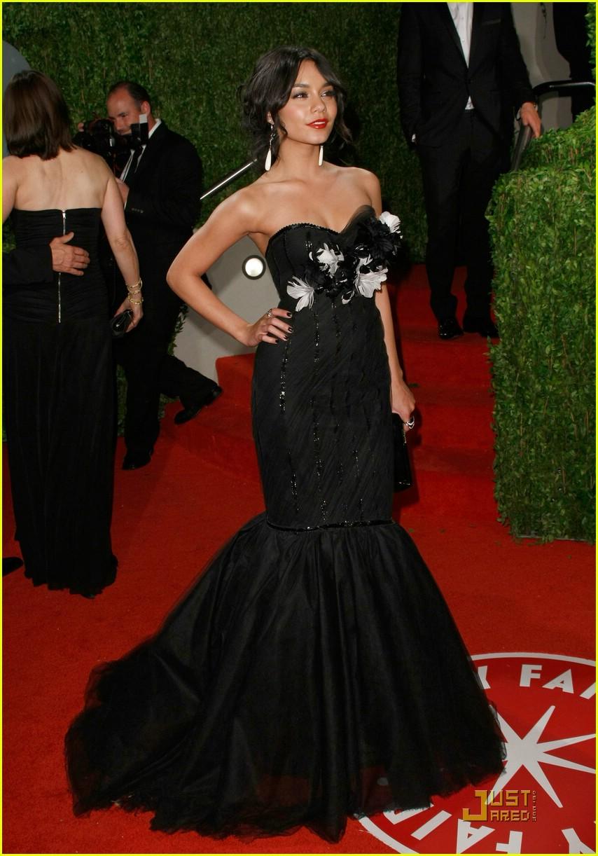 Vanessa Hudgens Vanity Fair Vixen Photo 1747361 Oscars 2009