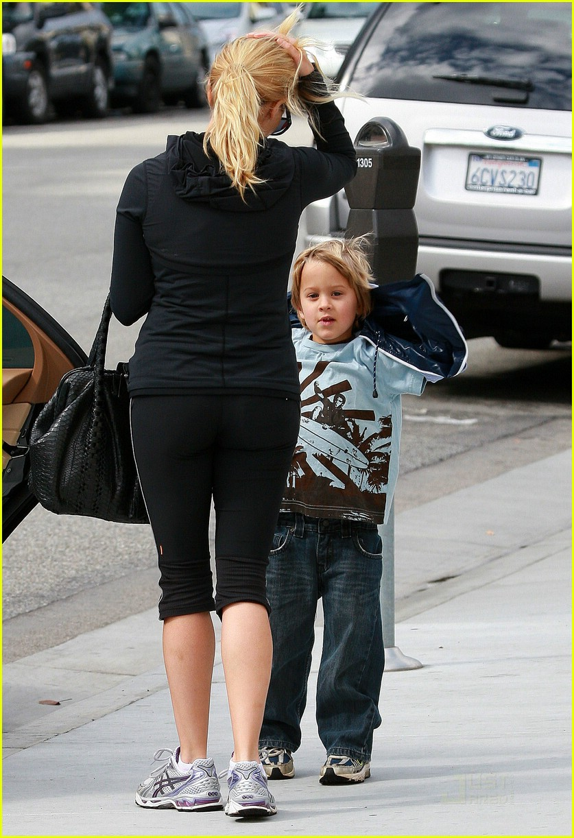 reese witherspoon kids choice award 031706621