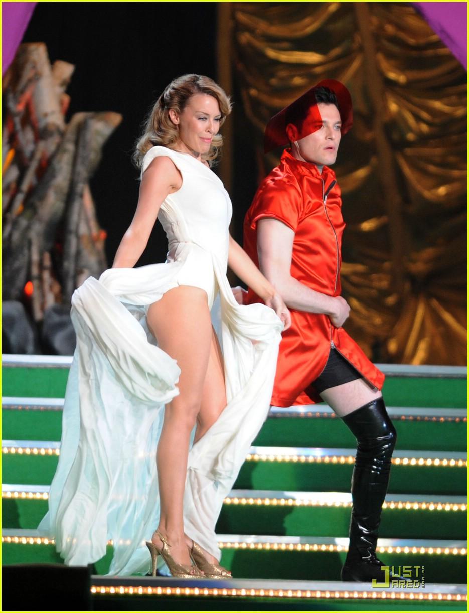 kylie minogue 2009 brit awards 011734181