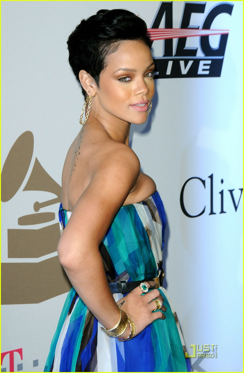 rihanna chris brown grammys 101709371