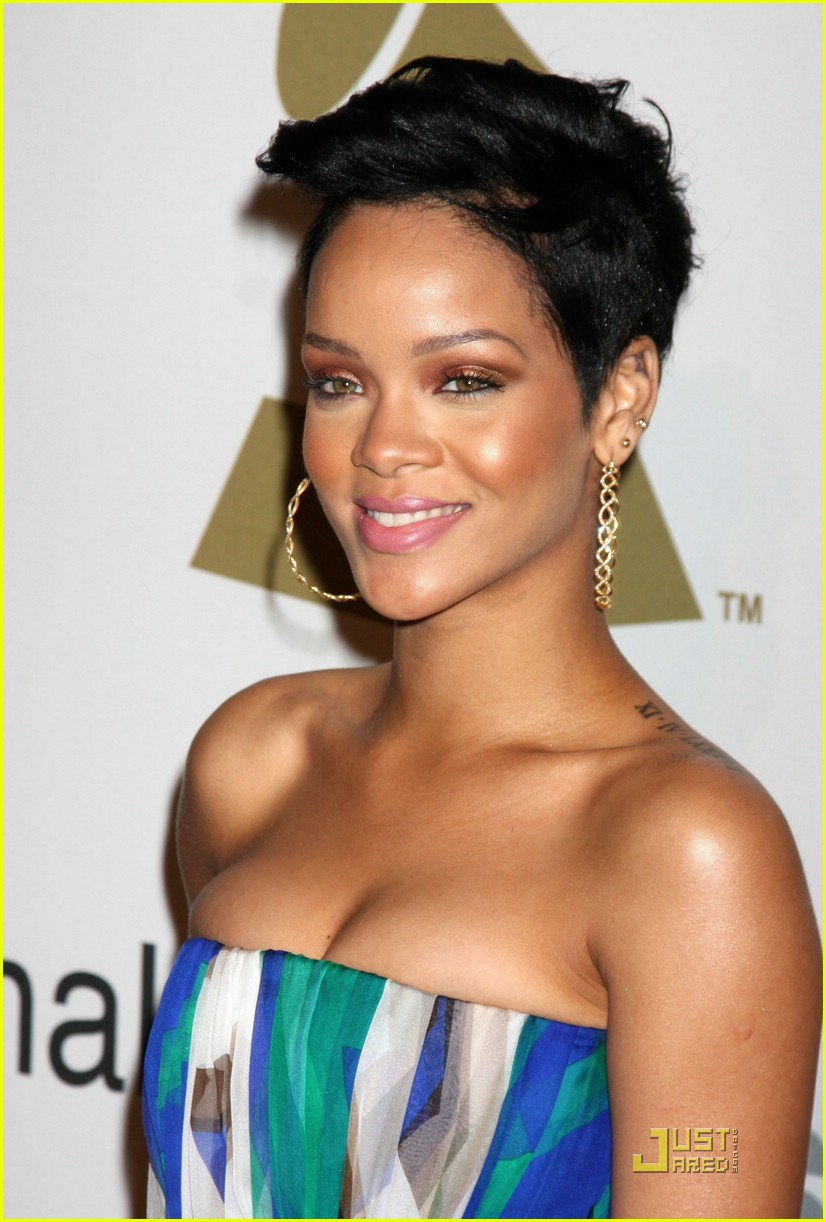 rihanna chris brown grammys 151709421